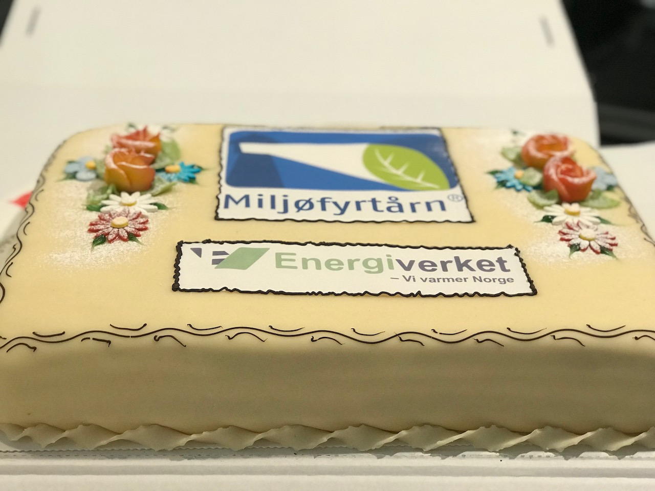 Miljøfyrtårn-Kake måtte vi ha som seg hør og bør